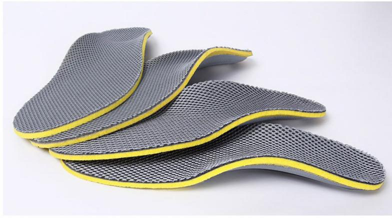 by dhl 100pairs Can Cut Men and Women General Bamboo Charcoal Absorbent Breathable Deodorant Sports Shoes Pad Insoles SN303 - 3