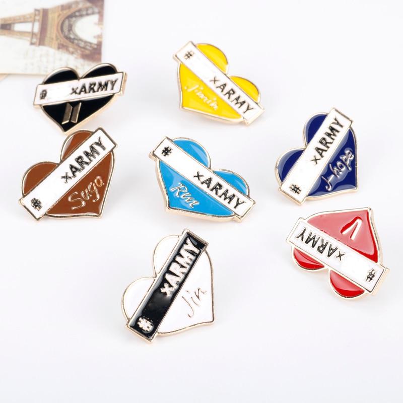 Купить с кэшбэком Fashion Bangtan Boys Twice BlackPink Got 7 EXO WANNA ONE SEVENTEEN Metal Heat Shape Brooches JUNG KOOK JIMIN Badges Bag Pins