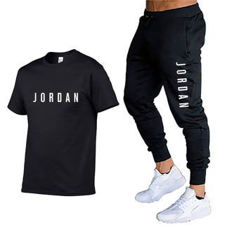 2020 summer new men's T-shirt sports suit + casual pants sports two-piece track suit men and women printed suit fitness suit stylish monkey king printed t shirt and pencil pants twinset for women