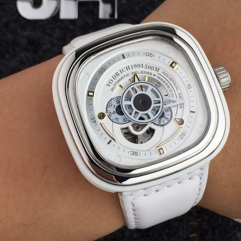 AAAAQuality Watches Men's Fashion Well-known Brands. Multi-function Mechanical Watch, High Quality Leather Strap.