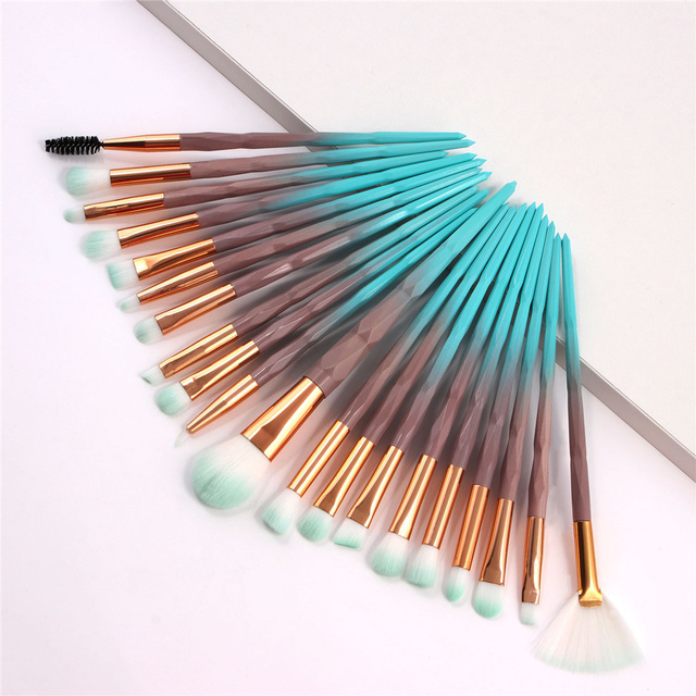 20Pcs Diamond Makeup Brushes Set Beauty Make Up Brush Tool Cosmetic Powder Foundation Blending Eye Shadow Eyebrow Eyelash Brush 4