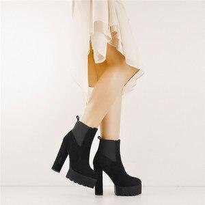 Image 2 - Onlymaker Vrouwen Ronde Neus Platform Enkellaarsjes Dikke Hoge Hak Plus Size Zwarte Dames Laarzen