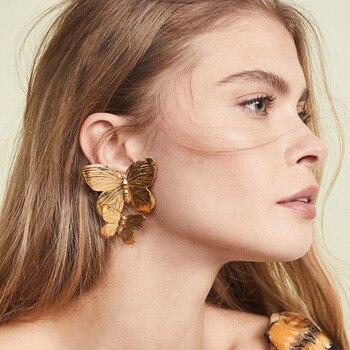2020 Hot New Gold Color Hollow Butterfly Earrings Elegant Big Metal Butterfly Women Stud Earrings Fashion Jewelry Accessories недорого