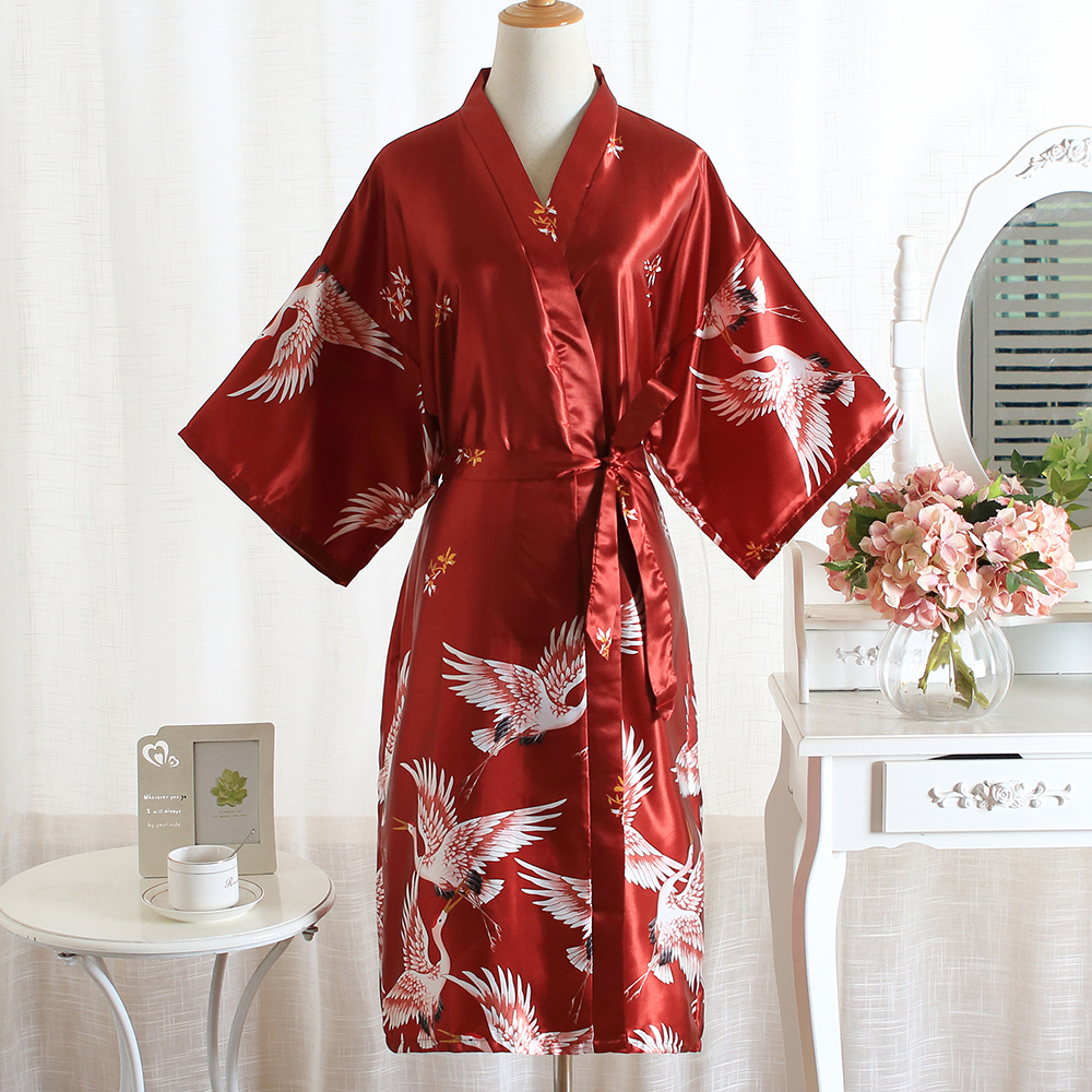 Rayon Summer New Half Sleeve Female Kimono Gown Print Crane Casual Home Clothing Bride Wedding Robe Home Clothing Negligee