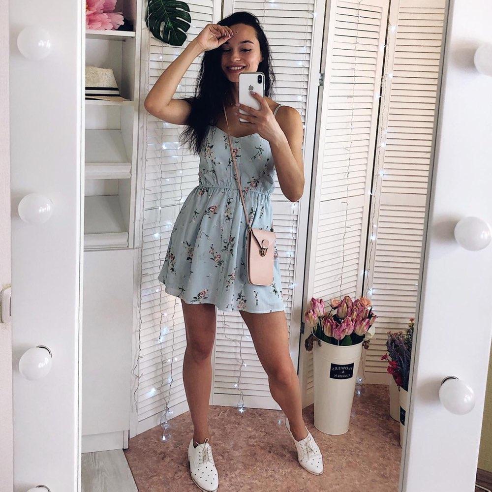 2019 New Women's Dress Sweet Summer Casual Fashion Bohemian Print Thin Strap Sleeveless  Black Dress For Women