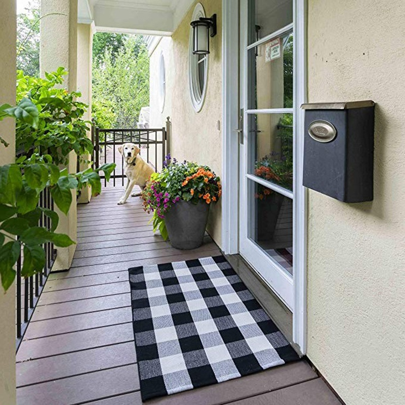Cotton Buffalo Plaid Check Rug 27.5 X 43 Inches Washable Woven Outdoor Rugs For Layered Door Mats Porch/Kitchen/Farmhouse Black