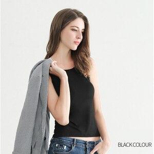 Image 2 - נשים סקסי גופיות נקבה Slim ללא שרוולים מקרית Vest חולצה מוצק צבע יבול למעלה לנשים כושר Vest שחור לבן טנק