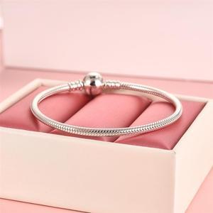 Image 4 - DALARAN 100% gerçek 925 ayar gümüş yuvarlak toka yılan zincir bilezik Fit orijinal marka DIY boncuk Charm takı Pulseira hediye
