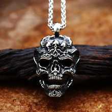 2021 New Punk Hip Hop Rock Locomotive Skull Pendant Necklace Fashion Retro Trend Men