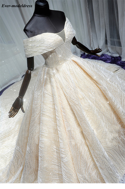 Luxury Wedding Dresses 2021 Off Shoulder African Sparkly V-Neck Lace Up Back Ball Gown Court Train Bridal Robe Do Mariee 3