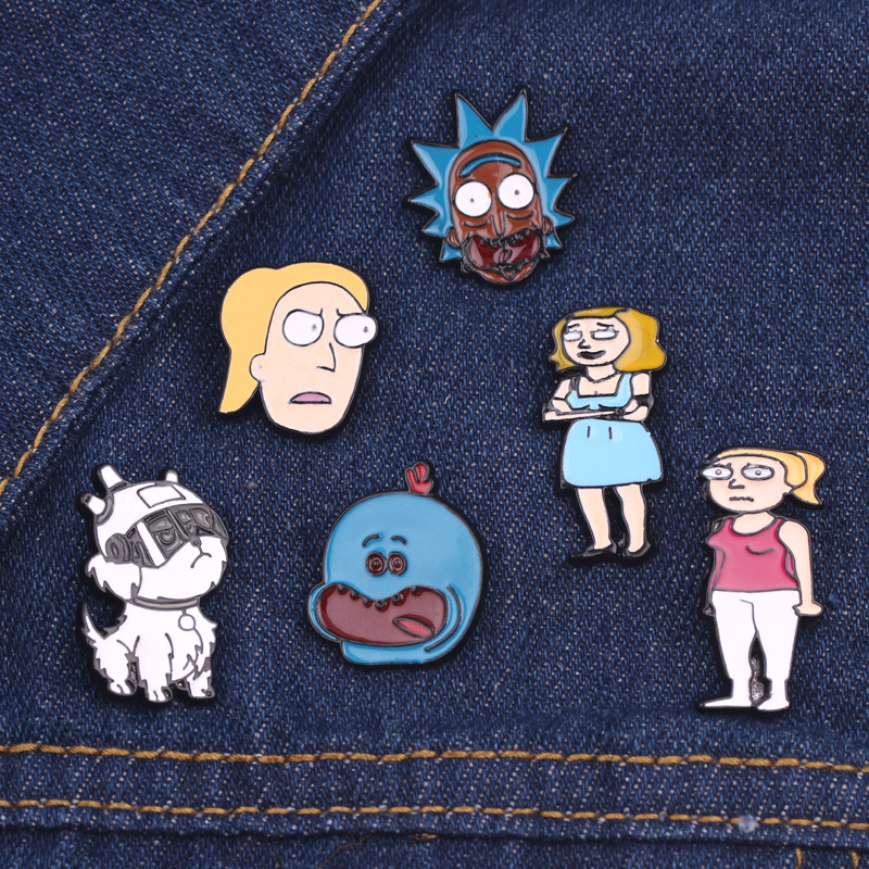 New Anime Rick And Morty Cosplay Accessories Beth Summer Smith Metal Badge Kawaii Cucumber Brooch Pin Party Halloween Props