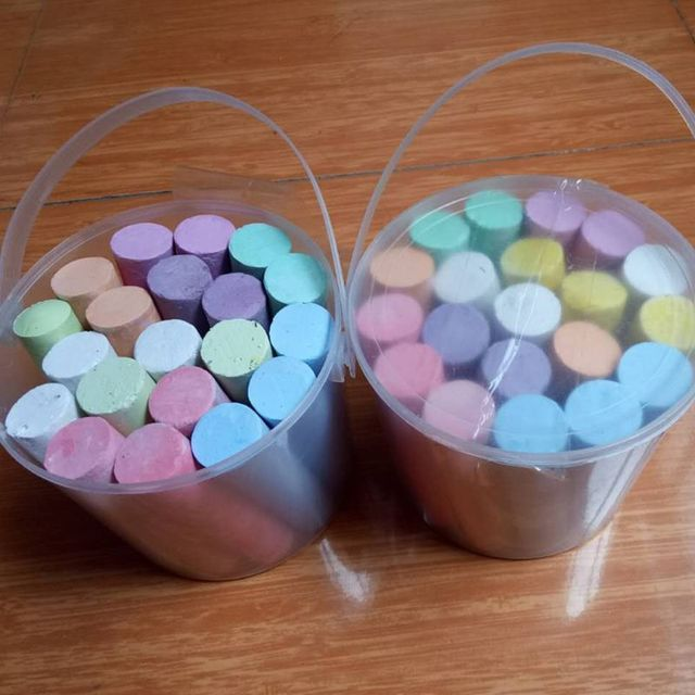 20 Pcs Bucket Colorful Chalk for Kids Adult Non toxic Dust free Chalk for School 090A