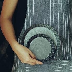 Image 5 - Piastra di ferro Nostalgico Fancy Retrò Set Piatto di Torta di Pane Vassoio di Frutta Cibo Fotografia Puntelli