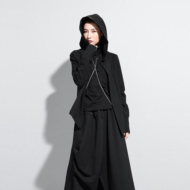 [EAM] Loose Fit Black Brief Irregular Short Jacket New Hooded Long Sleeve Women Coat Fashion Tide Spring Autumn 1Z591