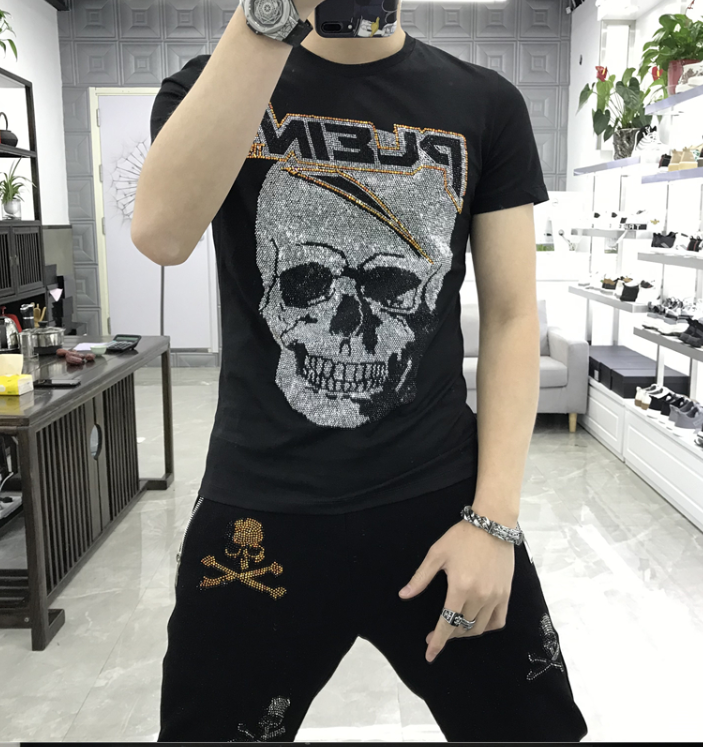 2020 Mew High Quality Skull Rhinestones  Men Short Tshirt Fitness Casual Clothing