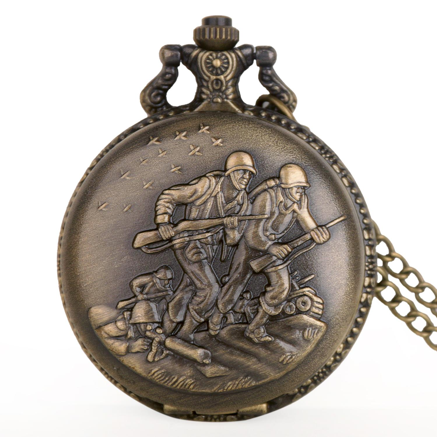Bronze Vintage Brave Fighter Soldier Quartz Pocket Watch Steampunk Pendant Necklace Chain Numerals Pocket Watch Regarder Gift