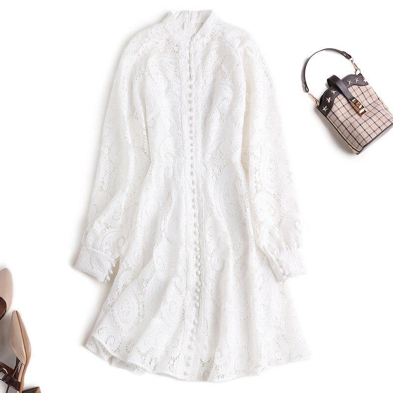 Outono novo produto nacional feminino pequeno pequeno colar solúvel em água de flor bordado oco vestido lanterna vestido de manga comprida UMA palavra vestidos