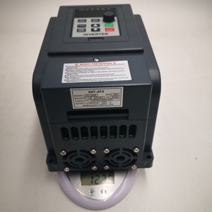 Image 5 - AT4 1.5KW/2.2KW 220V Single Phase input and 380v 3Phase Output Frequency Converter  Drive / Frequency Inverter / VFD New