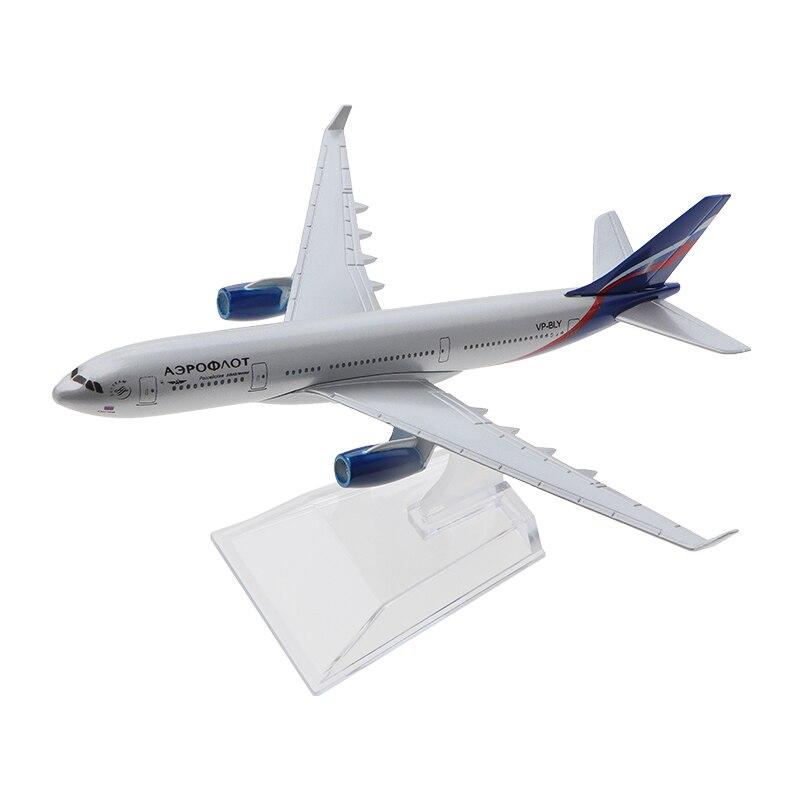 Air Passenger Plane 16CM A330 Aircarft Model Model Plane Simulation 16CM Alloy Christmas Toys Gifts Children