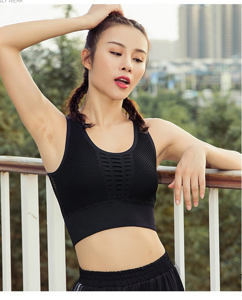 sports bra (2)
