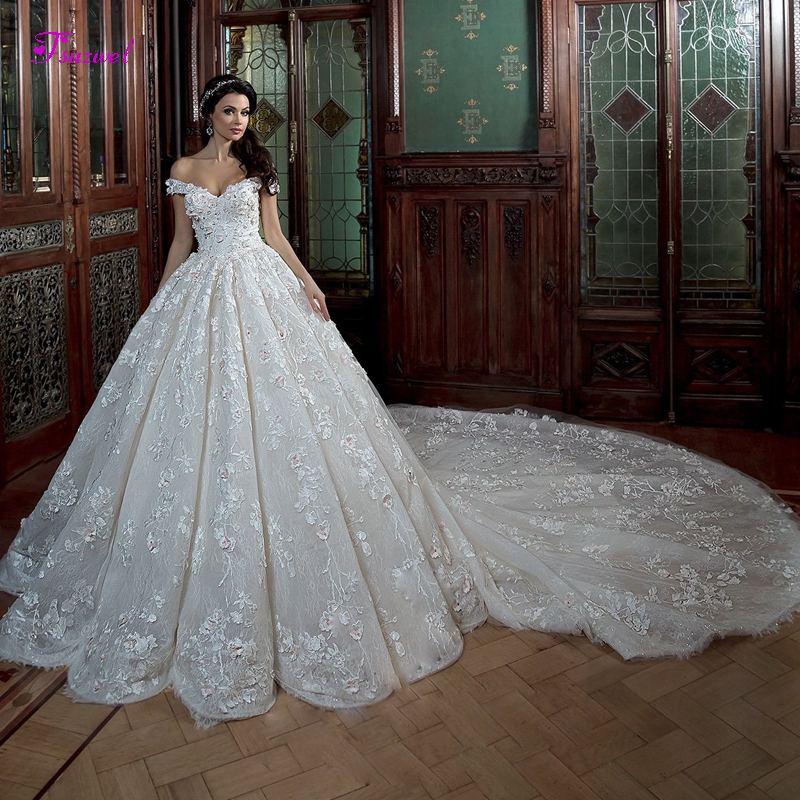 Fsuzwel Elegant Boat Neck Beaded Lace A Line Wedding Dresses 2020 Gorgeous Appliques Chapel Train Vintage Bridal Gown Plus SizeWedding Dresses   -