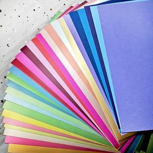 Image 1 - A4 28 kolorów odcienie gładka deska 250GSM papier typu kraft karton strona prezent dekoracja kartek DIY papier do scrapbookingu Pack