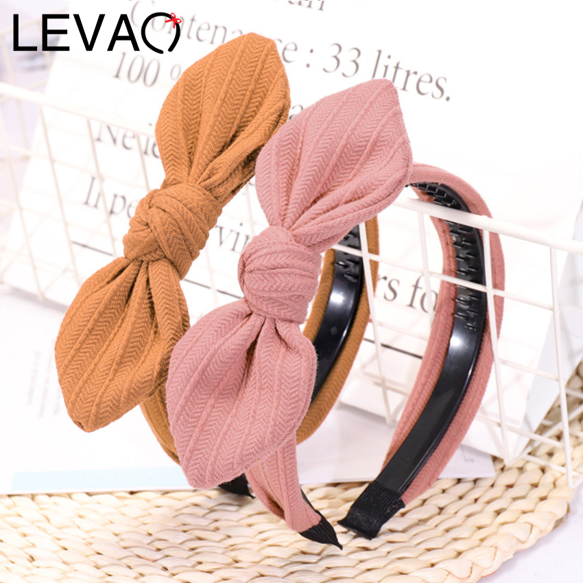 Levao 2019 New Style Rabbit Ear Knitted Hairband For Lovely Girl Anti-skid Wide-edged Hairpin With Teeth Headband For Photograph