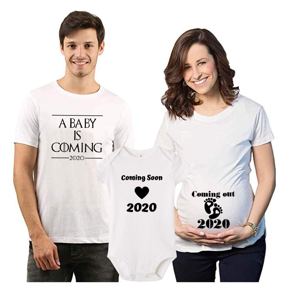 1pc A Baby Is Coming 2020 Anouncement Family Tshirt Baby Rompers New Mom Dad Tshirts Coming Soon Preganant Tops Tshirts Fashion