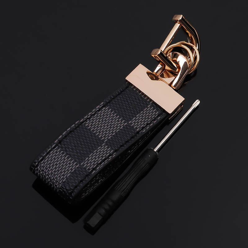 Red Blue Square Pattern Leather Gold Metal Keychain Luxury Leather Auto Waist Key Chain Car Keyfob Rings Keyholder Trinket