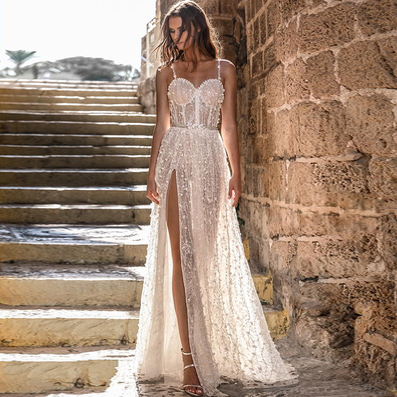 Verngo Beach Wedding Dress Boho Flowers Wedding Gowns 2020 Elegant Lace Appliques Bride Dress Luxury Sexy Side Slit Dress