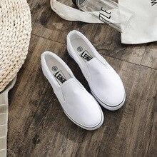Unisex brand women shoes flats Canvas Women Vulcanize Shoes fashion casual shoes woman sneakers Solid Shallow plus size 35-44