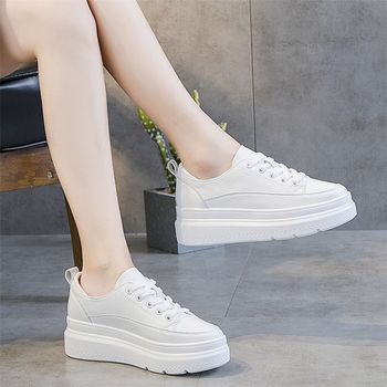 The New Autumn and Winter Shoes Leather Thick White Shoes song gao gen Hidden Wedge Shoes Lace