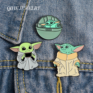 QIHE JEWELRY Star Role Master Yoda Enamel Pins Classic sci-fi Interstellar Movie Brooches Badges Gifts for Friends Cute Pin