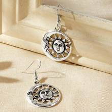 Creative Vintage Sun and Moon Drop Earrings Celestial Earrings for Unisex Casual Jewelry Witch Gift