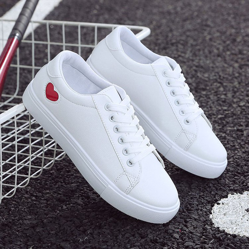 2019 Autumn Woman Shoes Fashion New Woman PU Leather Shoes Ladies Breathable Cute Heart Flats Casual Shoes White Sneakers 4