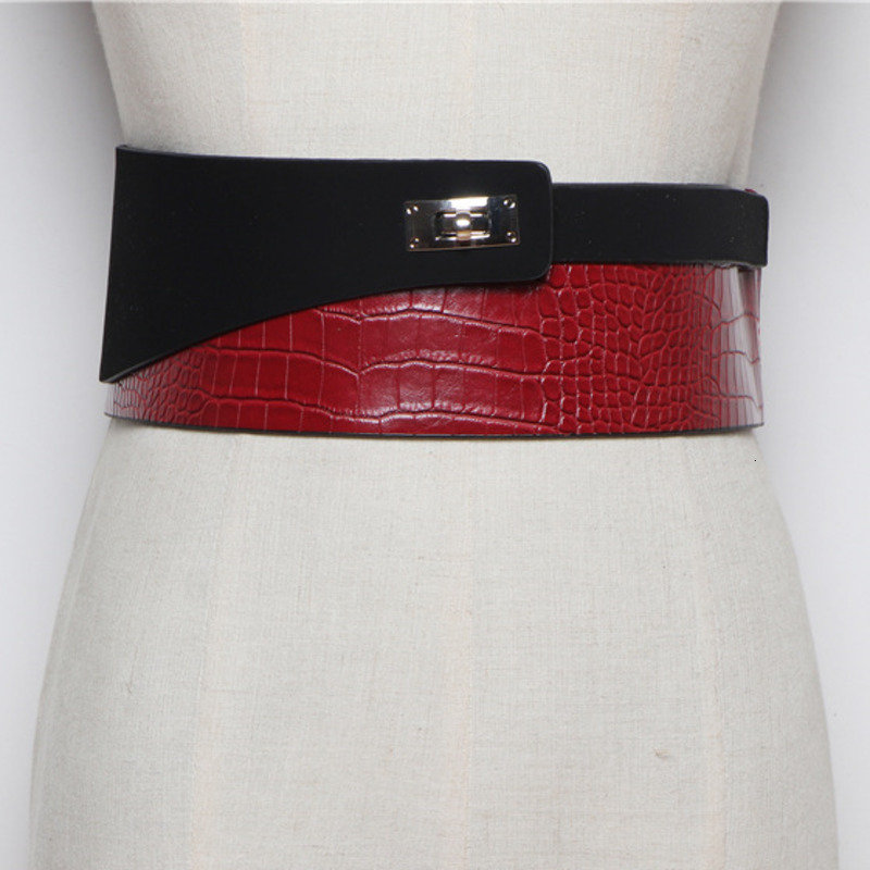 LANMREM 2020 Fashion Wild Snake Pattern Stitching PU Leather Wide Waistband Decorative Sweater Coat Belt Female Models PC212