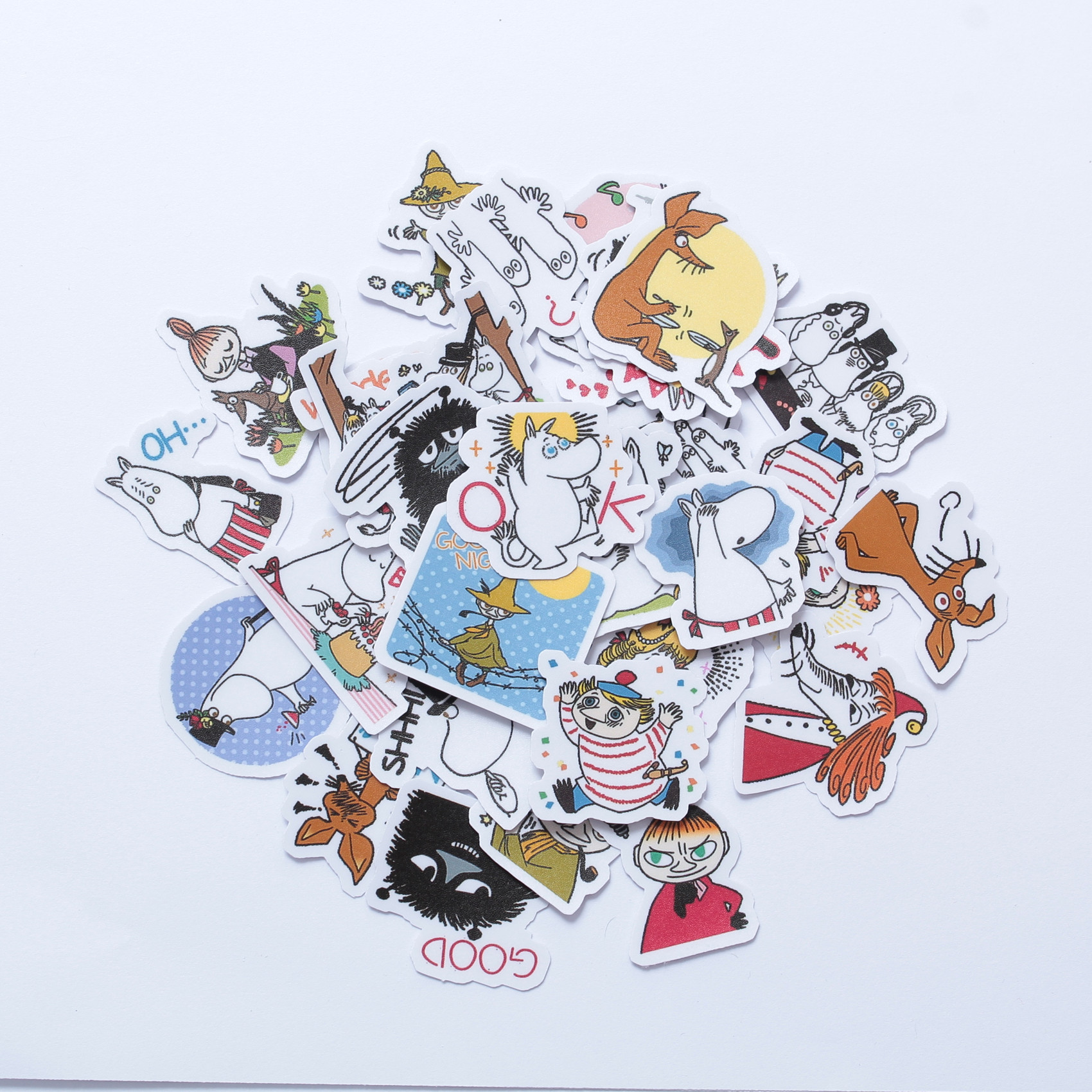 40 PCs Book Sticker Waterproof Travel Luggage Fashion Moomin Cartoon Toy Sticker Skateboard Book Fridge Sticker Decor Movie