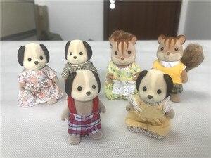 Image 3 - Geniune Sylvanian משפחות 10pcs פרוותי פעולה דמויות סט כלבים/Squrriels/דוב/עכבר/כבשים אקראי חדש לא חבילה