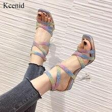Kcenid Nieuwe trendy neon kleur PVC jelly sandalen mode vierkante teen bling cross strap crystal perspex hak bruiloft schoenen vrouwen
