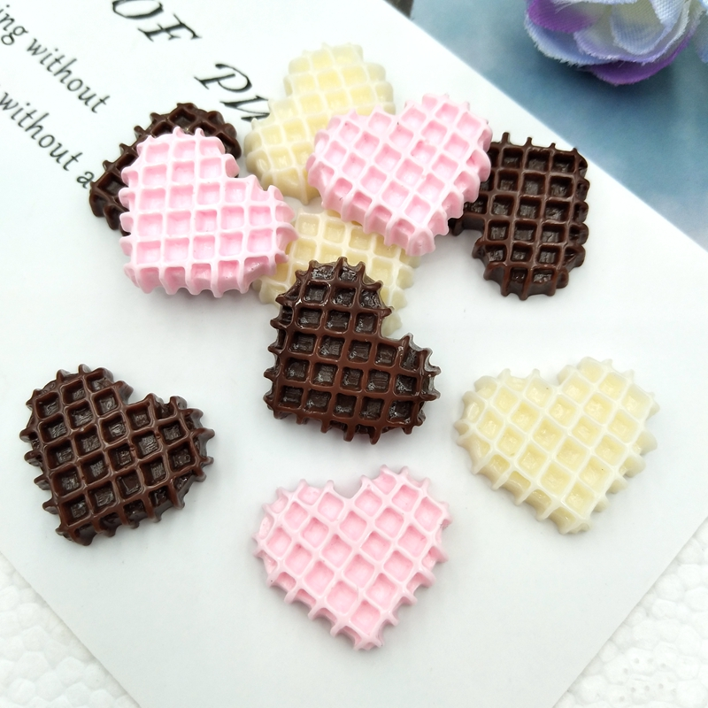 10pcs/lot  Food Cabochon Cute Resin Heart-Shaped Biscuit  Flat Back For Scrapbooking Craft Embellishment Mobile Decoration