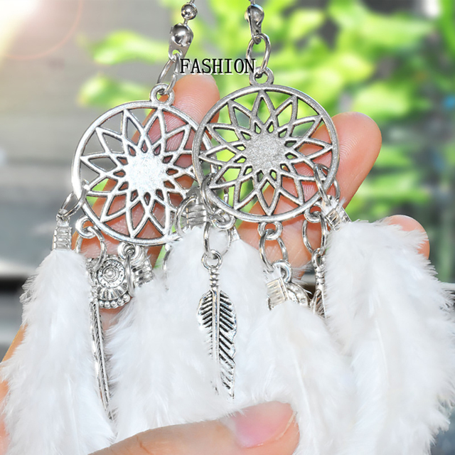 Mini Dream Catcher Car Pendant Wind Chimes Feather Decoration Home Decor Wall Hanging Adornment Handmade Dreamcatcher