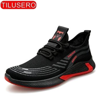 2020 nowe czarne buty tenisowe męskie trampki moda męska obuwie oddychające buty męskie buty do chodzenia tanie i dobre opinie tilusero Mesh (air mesh) RUBBER Fringe Stałe Dla dorosłych Poliester Lato RT-056 Lace-up Med (3 cm-5 cm) Pasuje prawda na wymiar weź swój normalny rozmiar
