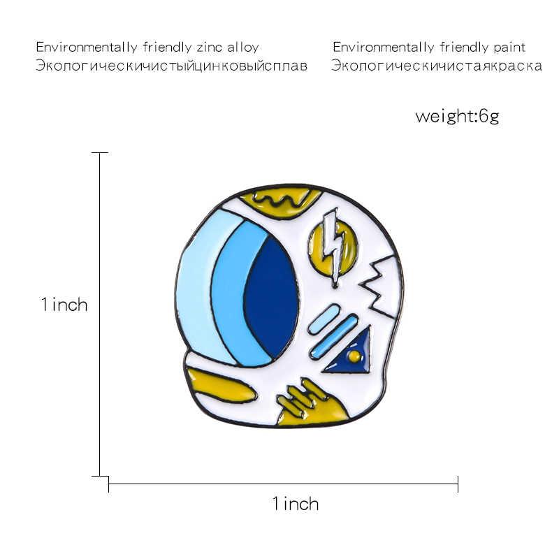 الفضاء خوذة المينا دبوس الأزرق رائد الفضاء خوذة بروش الكرتون الخارجي الفضاء قبعة شارة دبابيس الكون العلوم مجوهرات هدية للأطفال