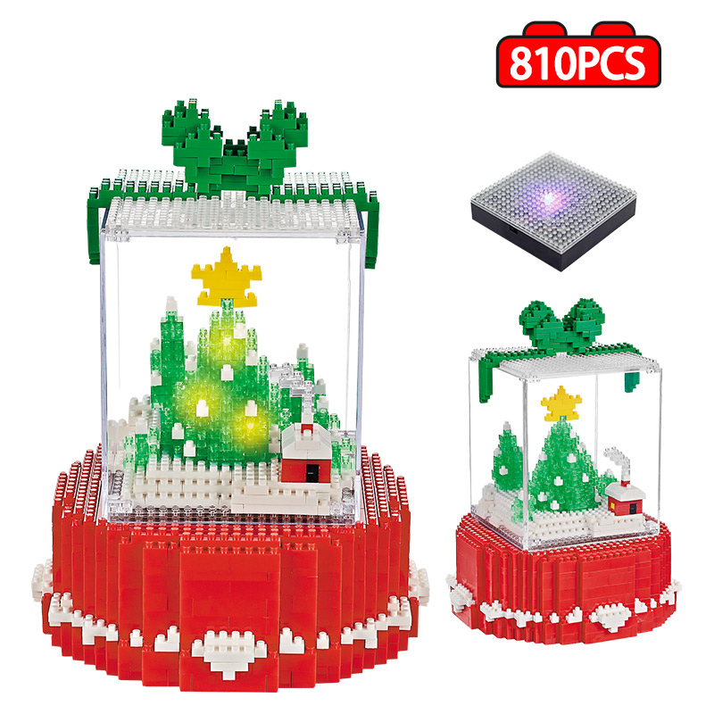 810 Pcs Mini Diamond Merry Christmas Tree With LED Building Block Bricks Educational Toy For Children Friends Christmas Gifts