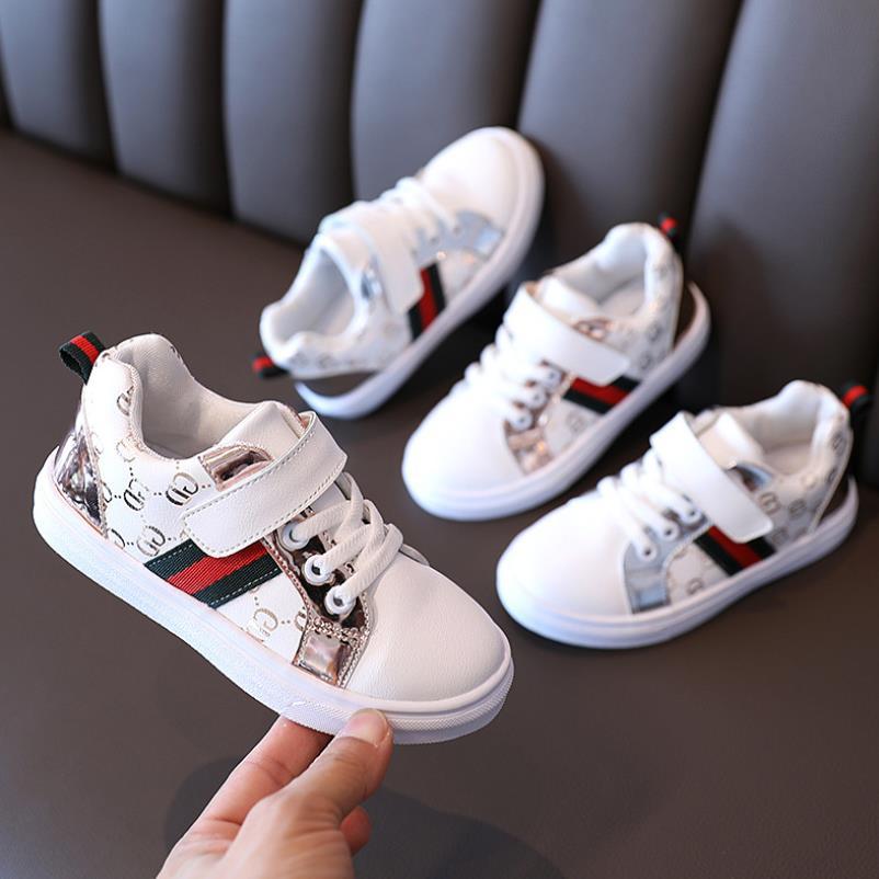 Kinder schoenen voor jongens en meisjes