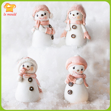 The new 2015 Christmas snowman candle mould soap mold doll Snowman baby silicone children present gifts