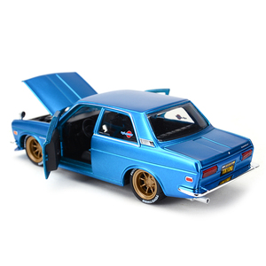 Image 4 - Maisto 1:24 Nissan 1971 Datsun 510 samochód sportowy statyczny odlew pojazdów Model kolekcjonerski samochody zabawkowe