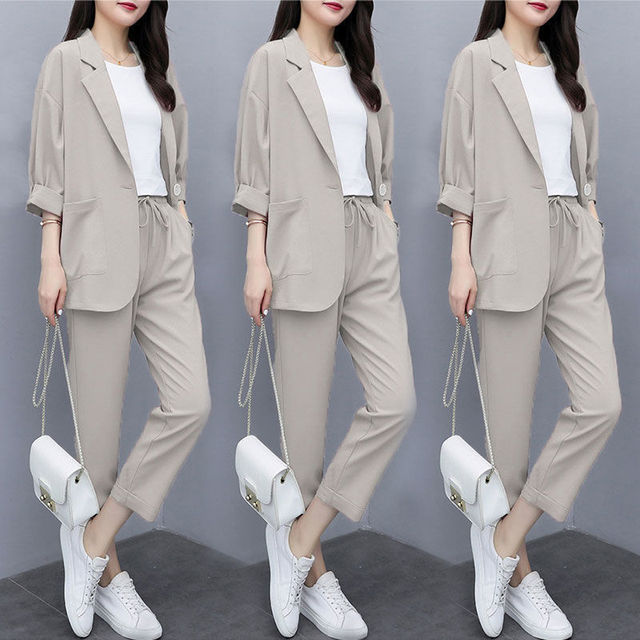 Two-piece 2021 new small suit jacket large size Korean version of loose slim casual suit suit women 1