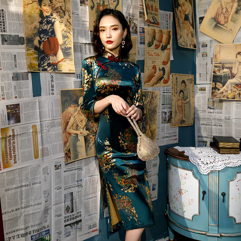 Sheng Coco L-5XL Women Autumn Velvet Cheongsam Qipao Peacock Printing Chinese Traditional Dress Drak Green