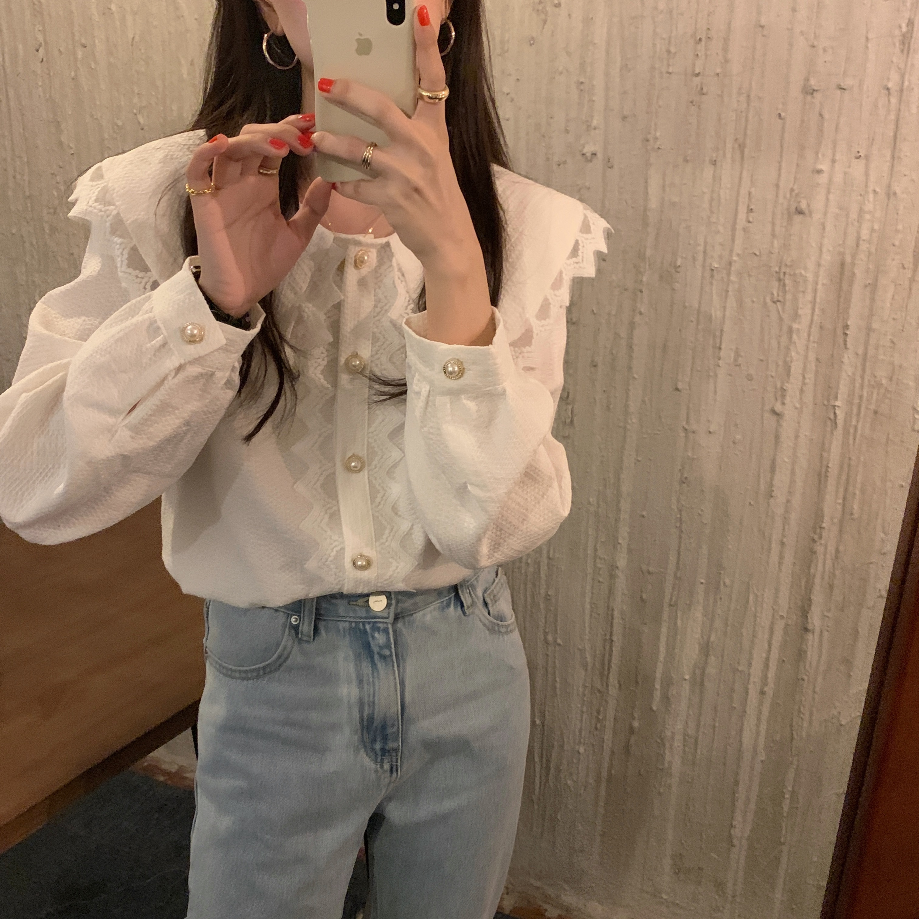 H47f84a5c26824fb8b81a71e3813e9be7s - Spring / Autumn Big Lapel Collar Long Sleeves Lace Buttons Solid Blouse